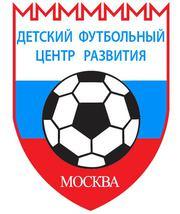 ИНдивидуальные и командные занятия детей футболом